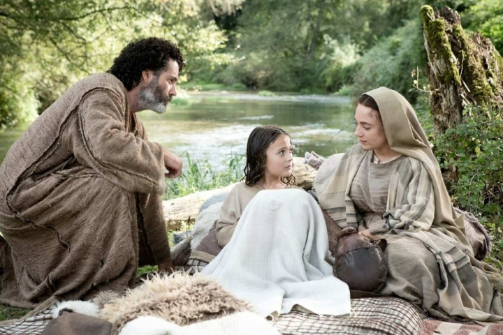 young_messiah_Jesus_parents